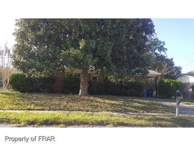 Fayetteville Single Family Home For Sale: 5221 Longbranch Dr