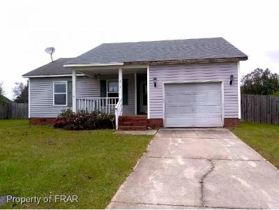 Raeford NC Single Family Home For Sale: $81,450