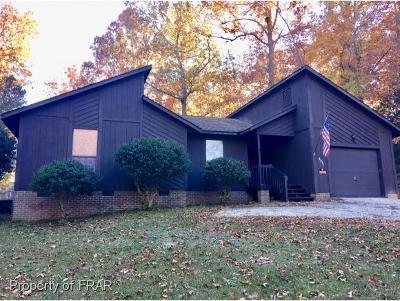 Fayetteville Single Family Home For Sale: 5811 Waters Edge Drive #4
