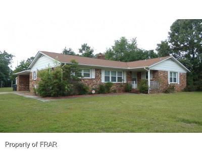 Fayetteville Single Family Home For Sale: 920 Sunbury Dr