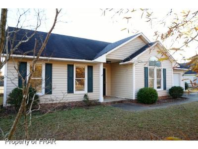 Raeford Single Family Home For Sale: 124 Live Oak Dr