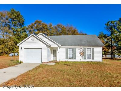 Raeford NC Single Family Home For Sale: $91,000