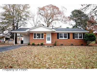 Fayetteville Single Family Home For Sale: 1215 Chilton Dr