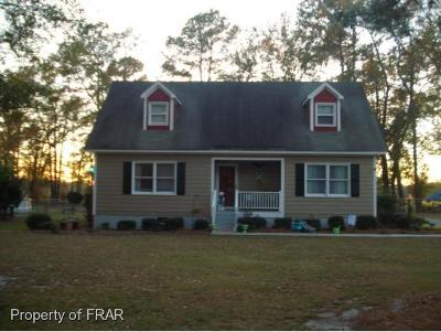 Sampson County Single Family Home For Sale: 300 Hayne Stretch Road