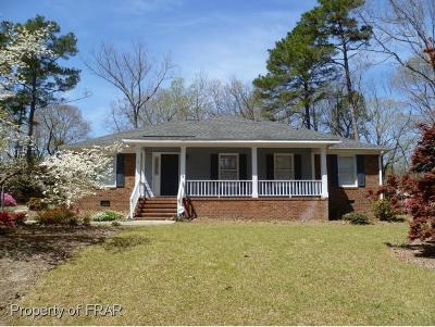 Raeford NC Single Family Home For Sale: $188,000