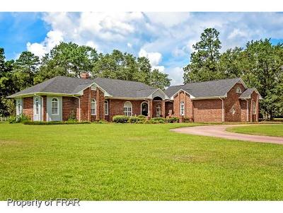 Fayetteville Single Family Home For Sale: 1007 Wild Pine Drive #67