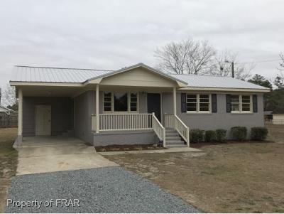 Hope Mills Single Family Home For Sale: 5625 Hancock St