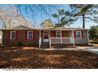 Fayetteville Single Family Home For Sale: 1631 Berriedale Dr