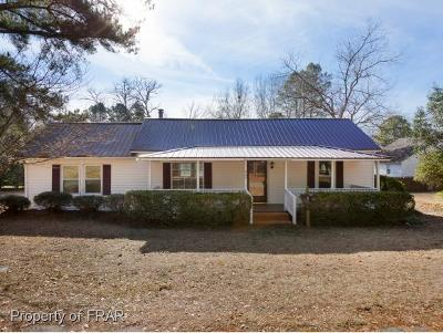 Raeford NC Single Family Home For Sale: $89,900
