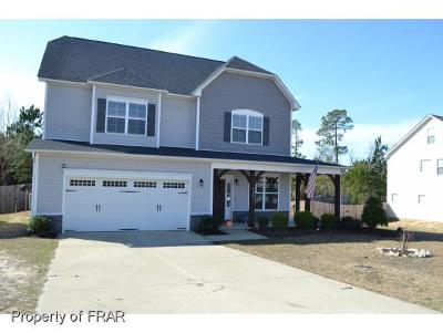 Hope Mills Single Family Home For Sale: 4123 Hunting Path Dr #97