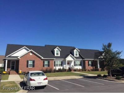Robeson County Single Family Home For Sale: 514 Amberdale Circle East