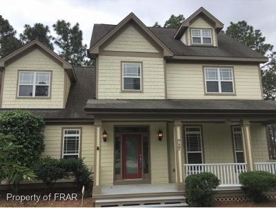 Fayetteville Single Family Home For Sale: 717 Kensington Park Road