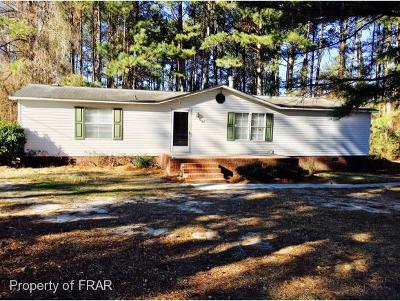 Sampson County Single Family Home For Sale: 747 Lakewood School Road