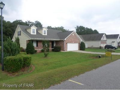 Raeford Single Family Home For Sale: 145 Chestnut Drive
