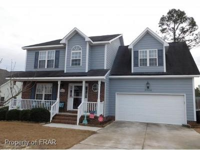 Hope Mills Single Family Home For Sale: 5506 Shady Lawn Dr