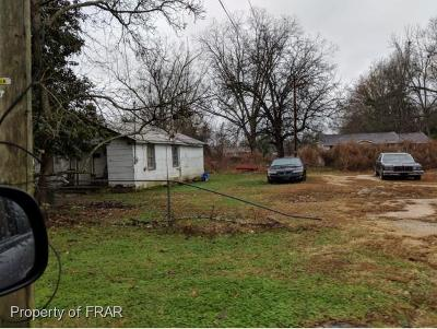 Robeson County Single Family Home For Sale: 709 N. Main Street