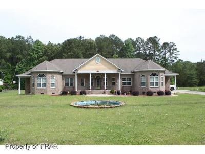 Fayetteville Single Family Home For Sale: 4444 Huckleberry Road