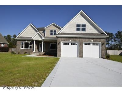 Hope Mills Single Family Home For Sale: 2820 Sand Trap Ln #12