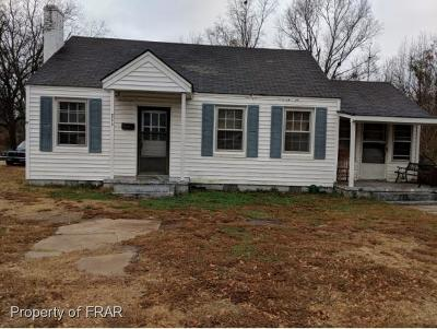 Robeson County Single Family Home For Sale: 711 N. Main Street