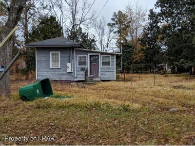 Robeson County Single Family Home For Sale: 101 Stephens St
