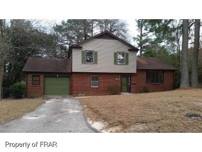 Fayetteville Single Family Home For Sale: 455 Cloverhill Pl