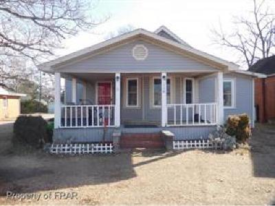 Raeford NC Single Family Home For Sale: $73,000