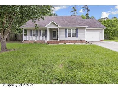 Raeford NC Single Family Home For Sale: $122,000