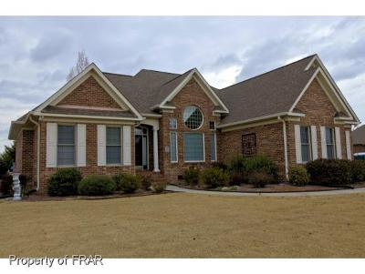 Robeson County Single Family Home For Sale: 5003 Willow Oak Dr