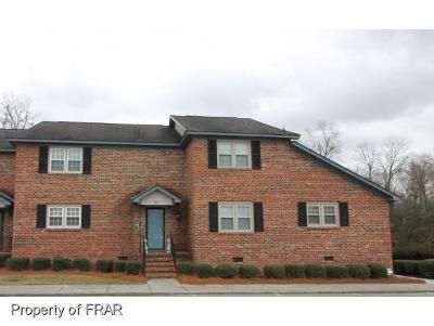 Robeson County Single Family Home For Sale: 4900 Independence Drive #31