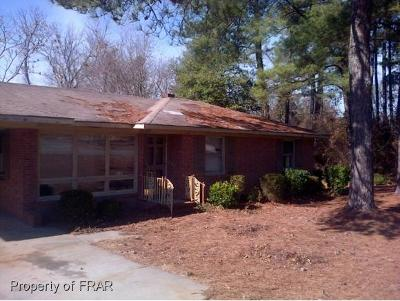 Fayetteville Single Family Home For Sale: 2006 Lombardy Drive #28