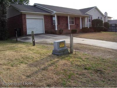 Fayetteville Single Family Home For Sale: 7710 Temperance Dr #276
