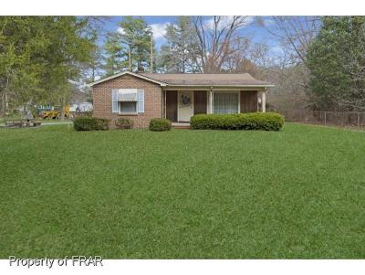 Fayetteville Single Family Home For Sale: 2301 Clinton Rd