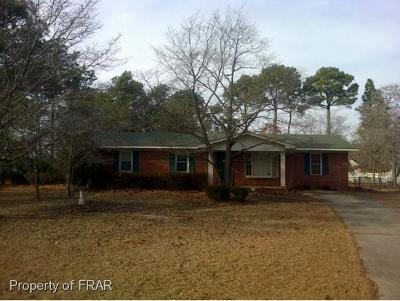 Hope Mills NC Single Family Home For Sale: $57,706