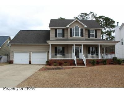 Fayetteville Single Family Home For Sale: 3009 Marcus James Dr