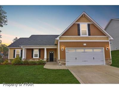 Lillington Single Family Home For Sale: 370 Wood Point Dr