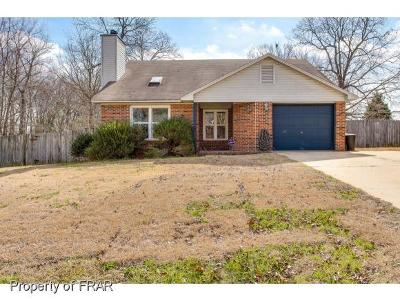 Fayetteville Single Family Home For Sale: 328 Barefoot Road #32
