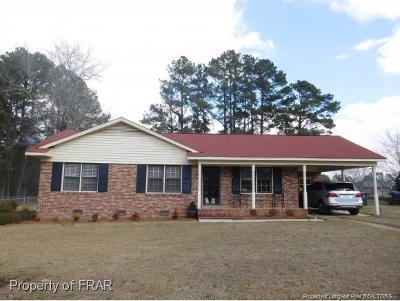 Raeford Single Family Home For Sale: 416 College Drive