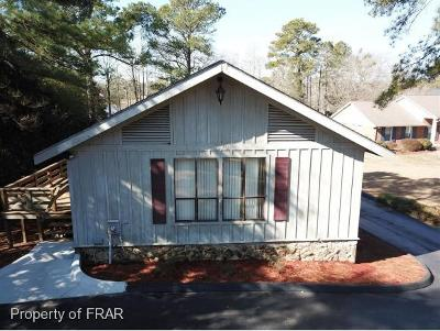 Hope Mills NC Single Family Home For Sale: $229,000
