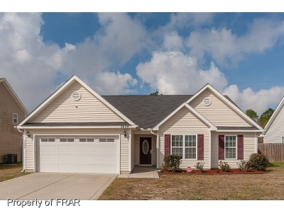 Hope Mills NC Single Family Home For Sale: $143,500