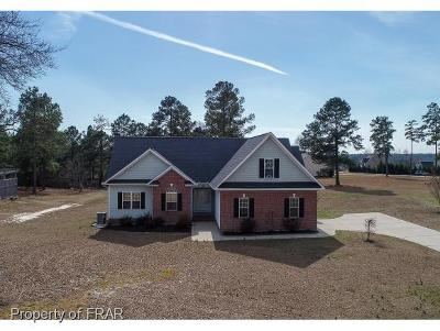 Raeford NC Single Family Home For Sale: $246,500