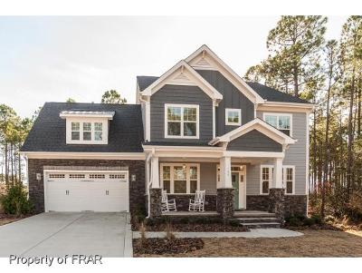 Southern Pines Single Family Home For Sale: 104 Plantation Dr #6