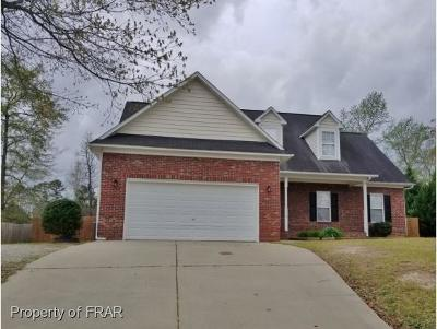 Raeford NC Single Family Home For Sale: $170,500