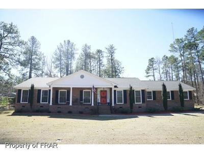 Raeford NC Single Family Home For Sale: $219,000
