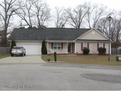 Raeford NC Single Family Home For Sale: $158,000