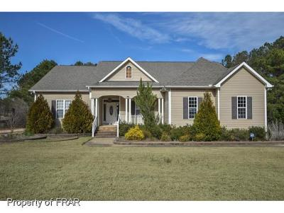 Harnett County Single Family Home For Sale: 887 Coachman Way