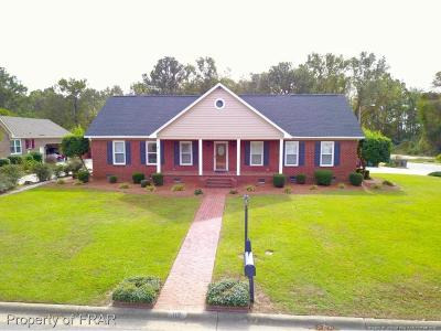 Robeson County Single Family Home For Sale: 112 Stirling Dr