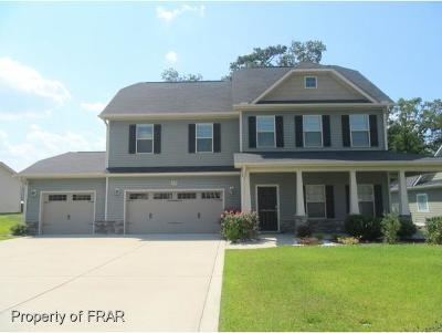 Hope Mills Single Family Home For Sale: 5124 Perfection Ln