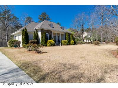 Robeson County Single Family Home For Sale: 4923 White Oak Dr