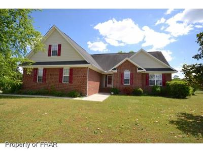 Raeford NC Single Family Home For Sale: $242,700