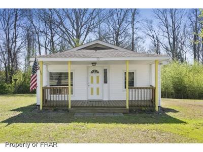 Raeford NC Single Family Home For Sale: $73,900